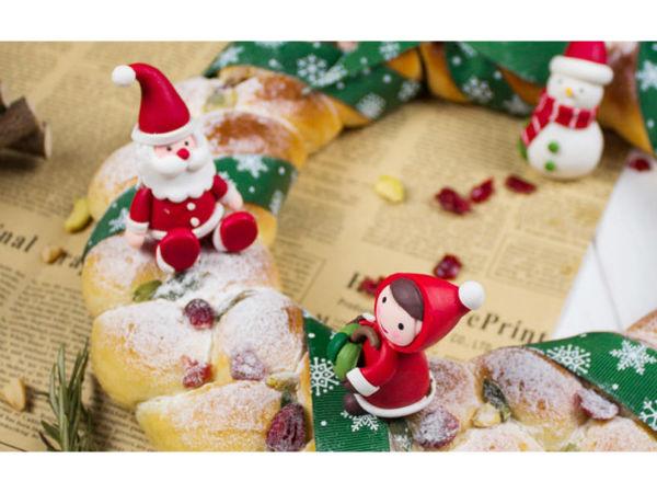 极客美食:厨师机巧做高颜值圣诞花环面包