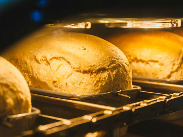 在CES展会现场饿肚子?你可以找Bread Bot买一份全自动制作面包