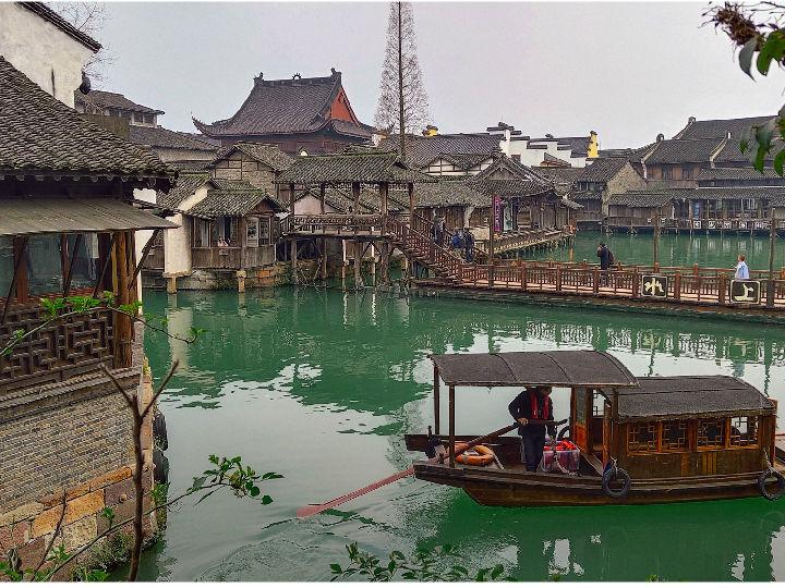 乌镇行摄:江南水乡展旖旎 屋檐风铃声悦耳