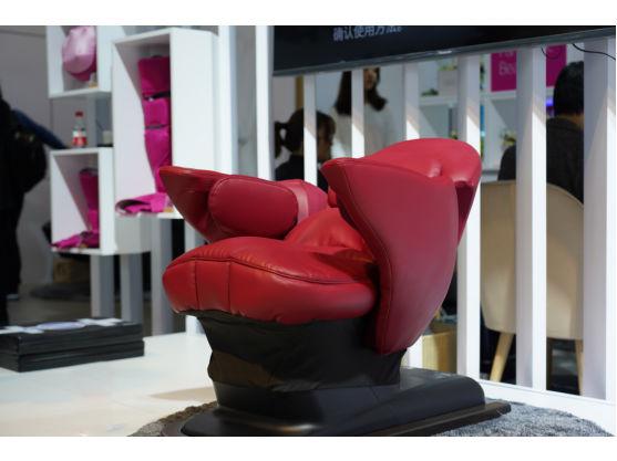 AWE2019:通过简单而健康的方式获得优美体态 松下推出核心运动椅