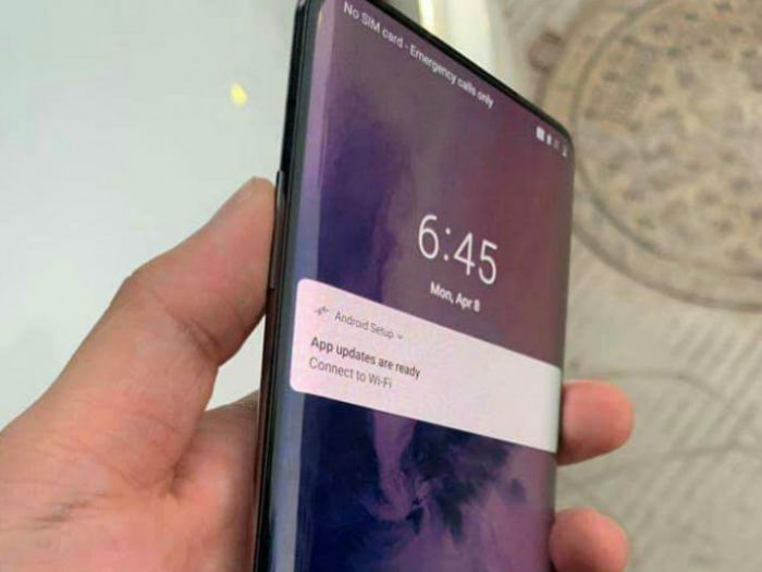 OnePlus 7 Pro真机上手:6.67英寸屏+4800万三摄