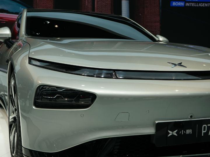 造车新势力,小鹏首款轿跑P7亮相上海车展