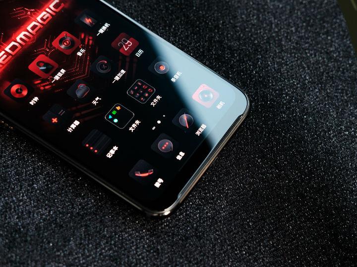 90FPS屏幕+内置风扇 红魔3电竞手机即将开售
