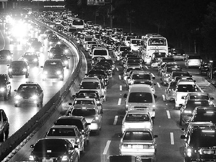 自动驾驶或许会让城市交通更拥堵?