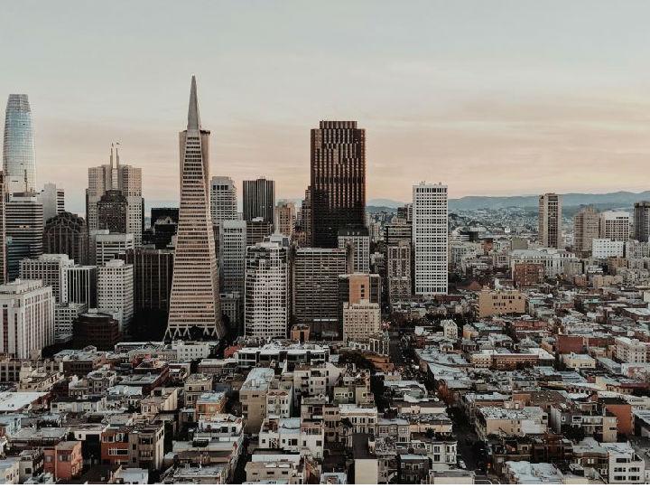 手机晚报:苹果召回港版AC充电转换器 旧金山禁止面部识别