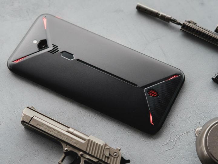 畅享游戏 12GB大内存红魔3手机于13日开售