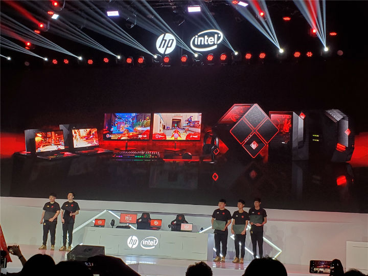 惠普游戏家族新品全球首发 双屏游戏本震撼登场