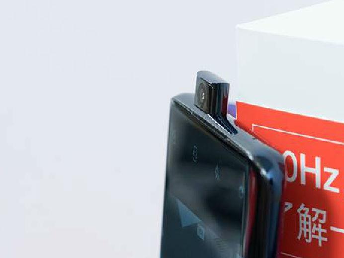 旗舰手机厚度起底:为了极致,其实不一定非要牺牲电池