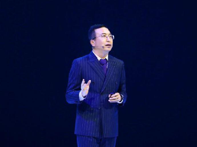 专访荣耀总裁赵明:专注产品、服务与技术创新,淡定应对市场变局