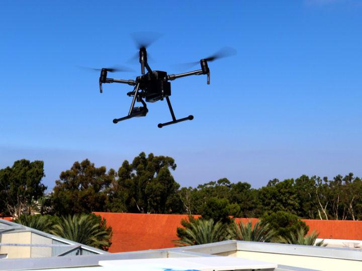 AI帮助无人机躲避移动障碍