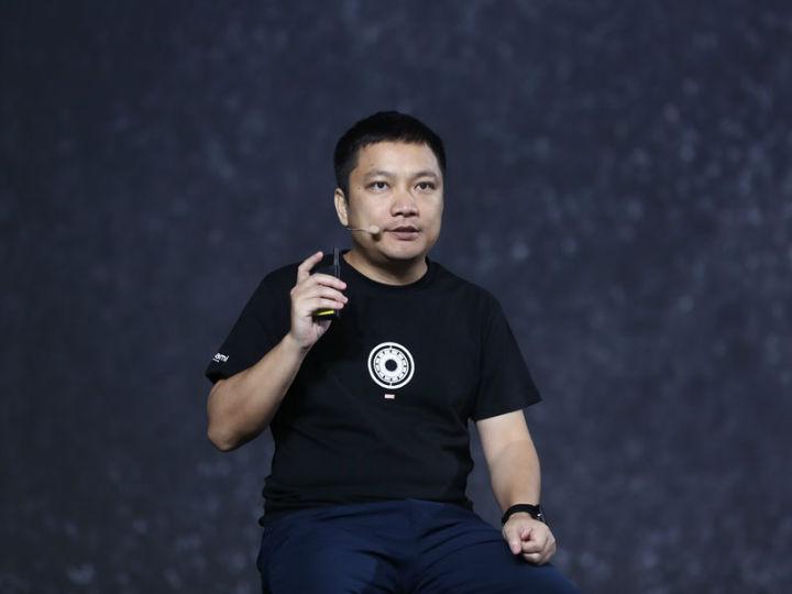 华米科技在京发布两款智能手表新旗舰 售价999元起