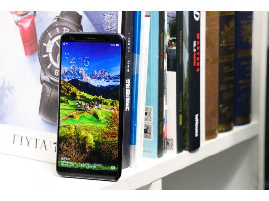 海信双屏手机A6:是时候换一面阅读文字了