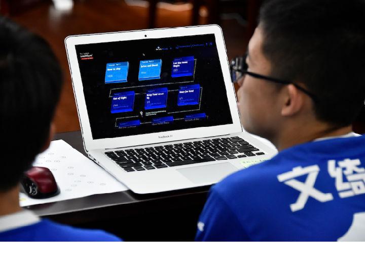 以色列企业再创新 首款人工智能足球教练试点国内校园