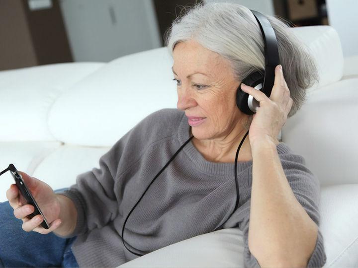 消除老人孤独感?或许可以由AI来解决