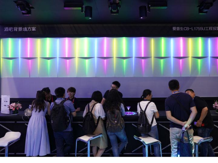 InfoComm China 2019丨骗过人眼的全息投影,爱普生大秀视觉魔法