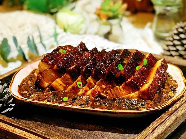 �O客美食:年夜�之―�蒸箱版梅菜扣肉