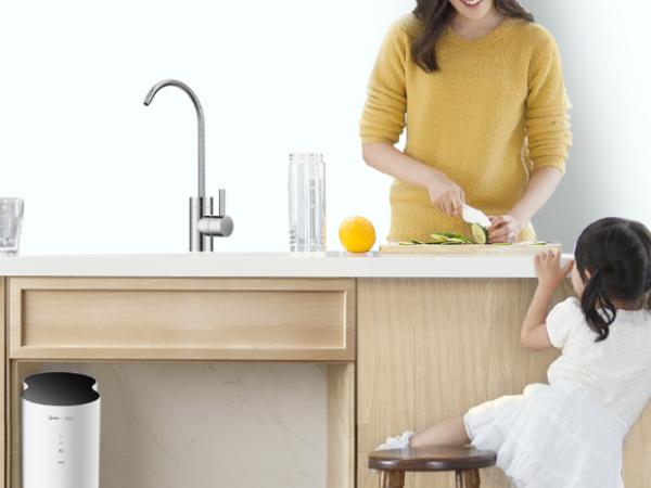 净水机能将水净化干净吗?99%的人不懂它却还是愿意买