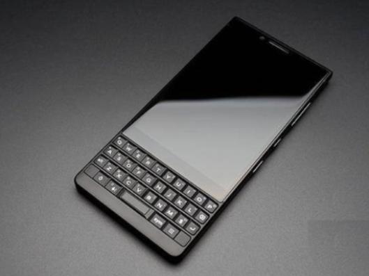 手�C晚�螅�TCL今年8月分手黑莓 Galaxy S20 Ultra最新��当�料