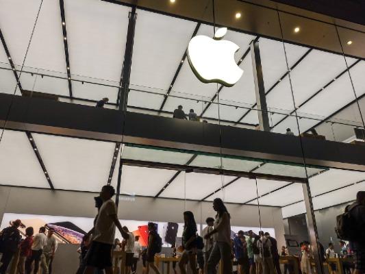 苹果决定将美国所有零售店关闭至5月份 届时视情况考虑是否开店