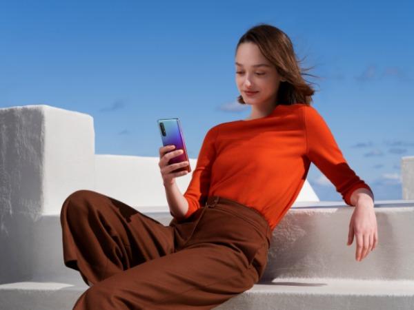 世界读书日:用轻薄5G手机OPPO Reno3 Pro读一本好书