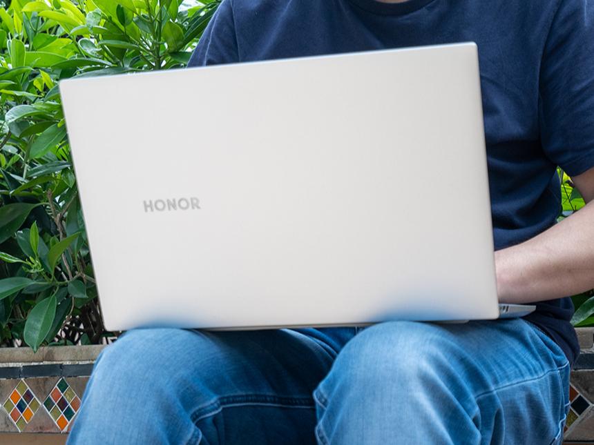 荣耀MagicBook Pro评测:重新定义移动生产力工具