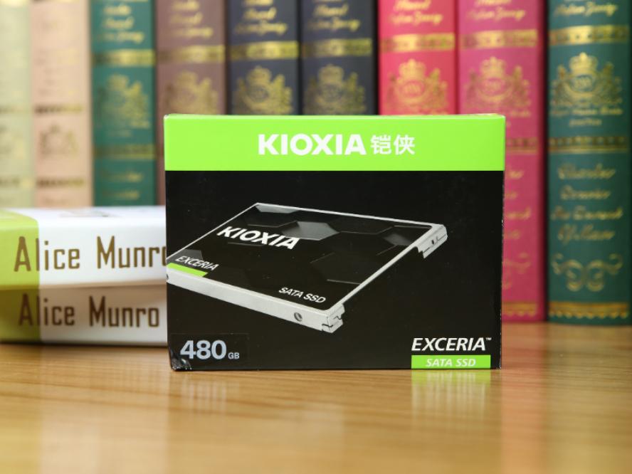 东芝新篇章 性价比之作:铠侠(东芝存储)EXCERIA SATA SSD评测