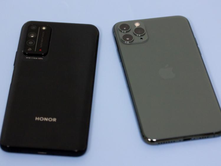 �s耀X10夜景�Ρ�iPhone 11 Pro Max,�l更看的清?