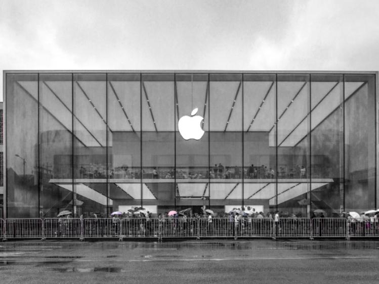 美国抗议者抢劫苹果iPhone?苹果公司警告:可以远程禁用和跟踪