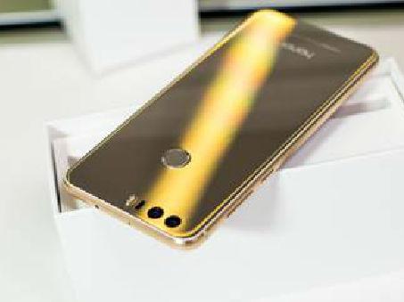 颜值和实力并存 荣耀8手机上手评测