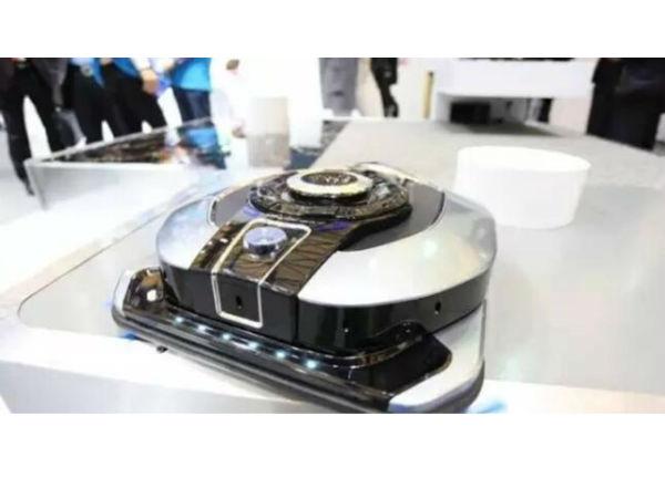 2017AWE亮点:美的机器人抢眼 LG电视如玻璃
