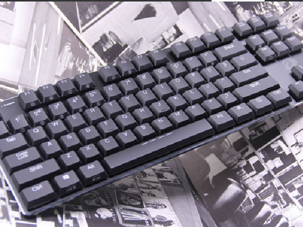 蓝牙双模连接 达尔优EK820超薄机械键盘评测