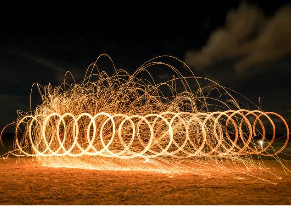 摄影学院:用手机拍出美丽的光绘摄影