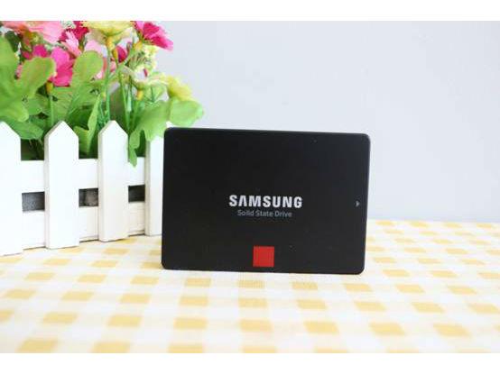 新一代旗舰 三星860PRO系列512GB固态硬盘评测