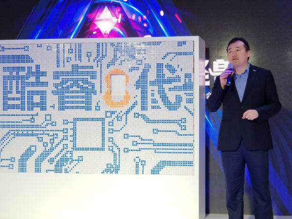 Intel八代游戏本抢先现身苏宁广场 笔记本厂商的半壁江山都来了