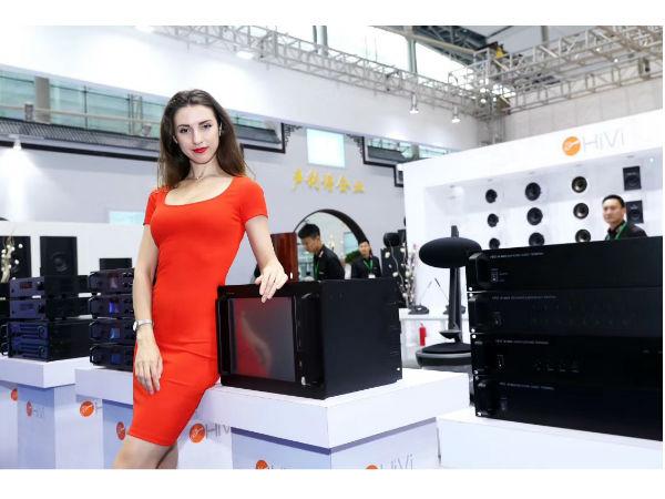 惠威科技亮相广州国际专业灯光音响展