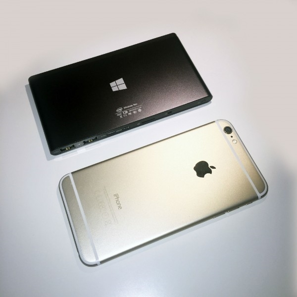 比iPhone小的迷你PC 还能当充电宝