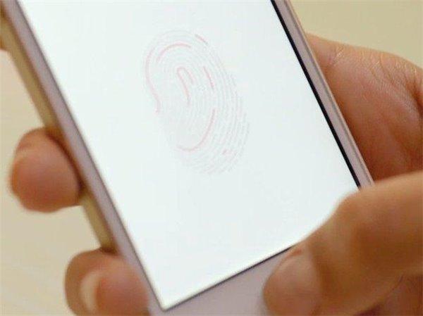 苹果新专利曝光:Home键玩游戏,iPhone7?