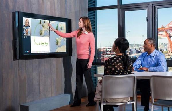 微软84寸Surface:预装定制版Win10