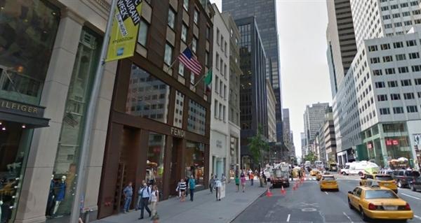 首家微软旗舰零售店开工 选址纽约第五大道