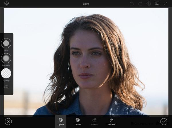 Adobe将发布手机版Photoshop 满足专业用户